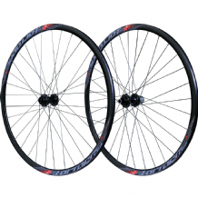 STORMER C17 BOLT THRU DISC BRAKE WHEELSET